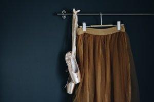 トウシューズとスカート
