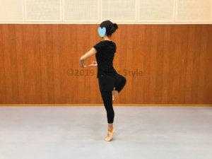ピルエットをするダンサー
